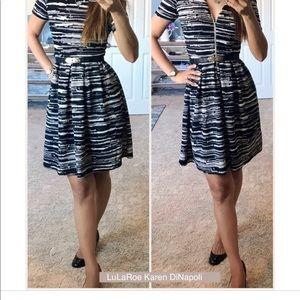 LuLaRoe Dresses - LuLaRoe Amelia